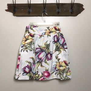 CAbi Floral Skirt With Pockets Size 10
